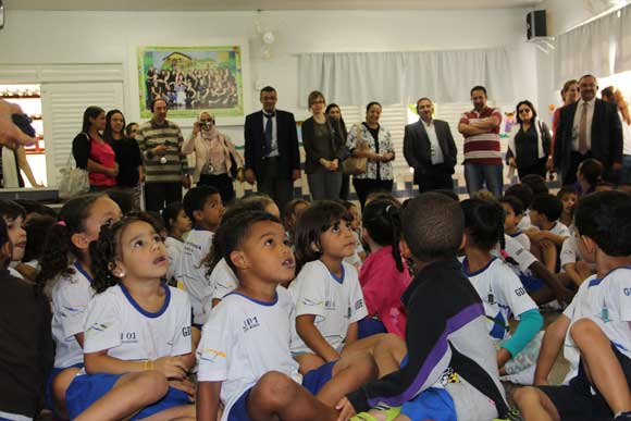 Delegation from Tunisia visits school near Brasilia during the study visit. Photo Credit: WFP/Isadora Ferreira.